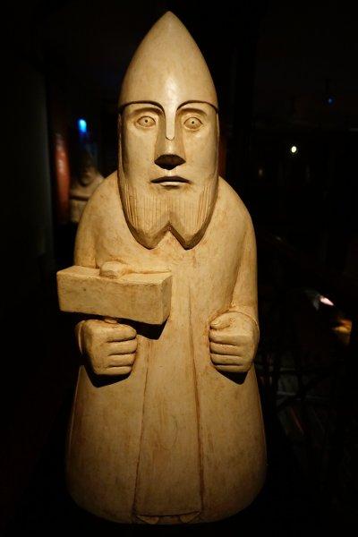 北歐神話神明雕像。這位是大家都不會陌生的雷神Thor
