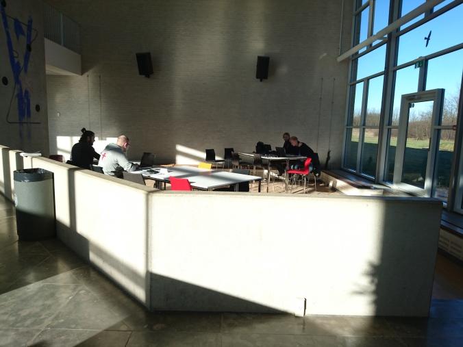 Ballerup Campus內有極多的公共空間,學生很喜歡在這裡自修或討論Projects