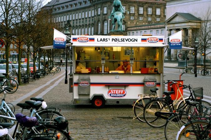 7-SAV100-Danish-Hot-Dogs-1200x800