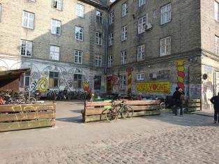 Christiania入口處一個單車場